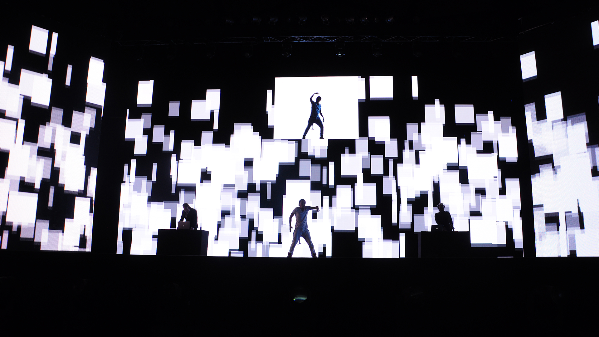 KAA_Dancer Cubes